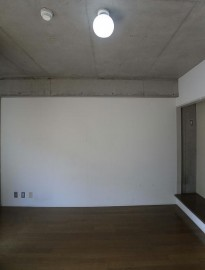 室内(301)