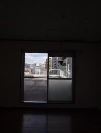洋室からルーフバルコニー